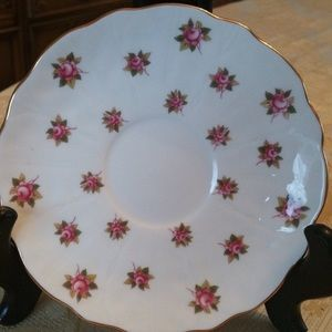 Vintage Kitchen - Vintage Anysley Rose Spray Tea Cup  and Saucer